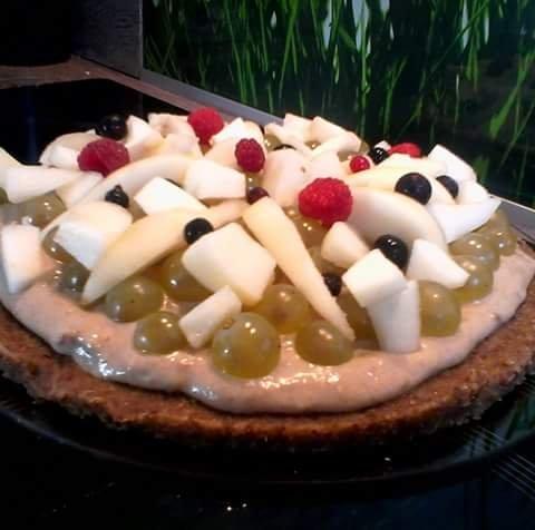 Tarte aux fruits crue sans gluten sans lactose sans sucre raffiné